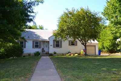 Junction City Single Family Home For Sale: 715 W Chestnut