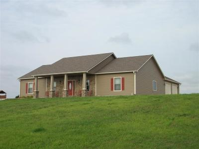 Manhattan, Olsburg, Onaga, St. George, St. Marys, Wamego, Westmoreland Single Family Home For Sale: 10780 Broderick