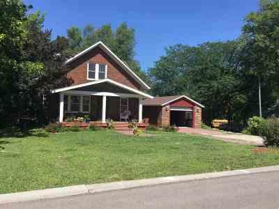 Alma KS Single Family Home For Sale: $169,900