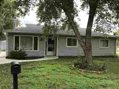 Manhattan Single Family Home For Sale: 2431 Galloway