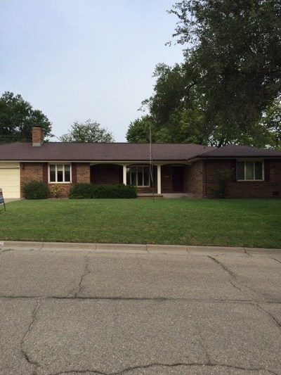 Junction City Single Family Home For Sale: 122 S Garfield