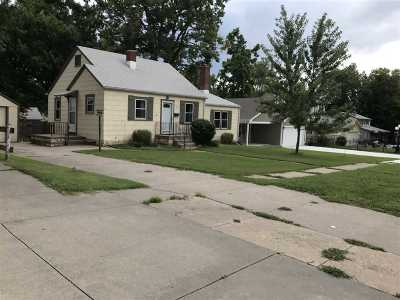 Single Family Home For Sale: 324 W Pine