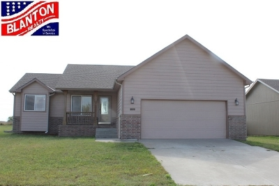Single Family Home For Sale: 1901 Southwind
