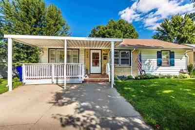Single Family Home For Sale: 301 N Garfield