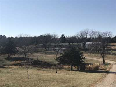 Wabaunsee County Single Family Home For Sale: 36242 K99 Hwy