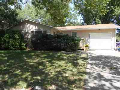 Single Family Home For Sale: 3016 Payne Dr
