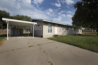 Multi Family Home For Sale: 702-704 Sara