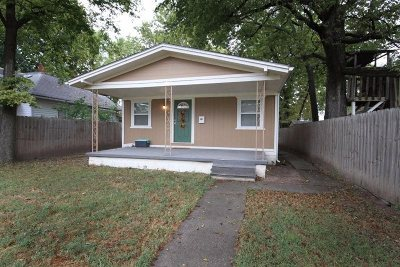 Single Family Home For Sale: 512 W 13th