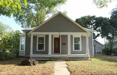 Single Family Home For Sale: 519 W 8th