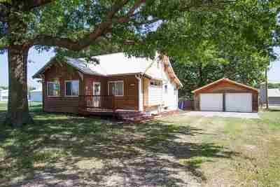 Riley KS Single Family Home For Sale: $142,500