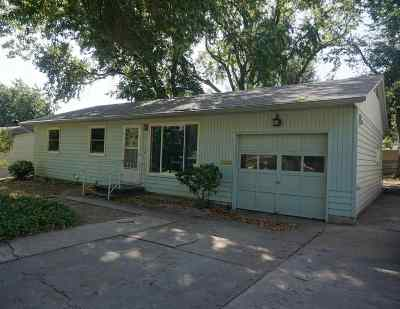Junction City Single Family Home For Sale: 725 W Spruce