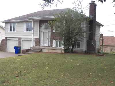 Junction City Single Family Home For Sale: 403 Arapahoe