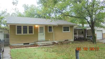 Single Family Home For Sale: 1329 Johnson Drive