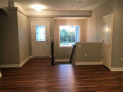 Manhattan Single Family Home For Sale: 4915 Shadowridge