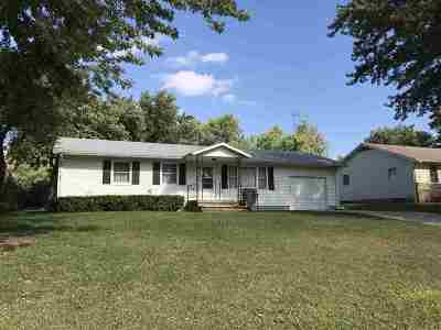 Wabaunsee County Single Family Home For Sale: 411 W 8th Street