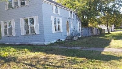 Enterprise Single Family Home For Sale: 105 S Court Street
