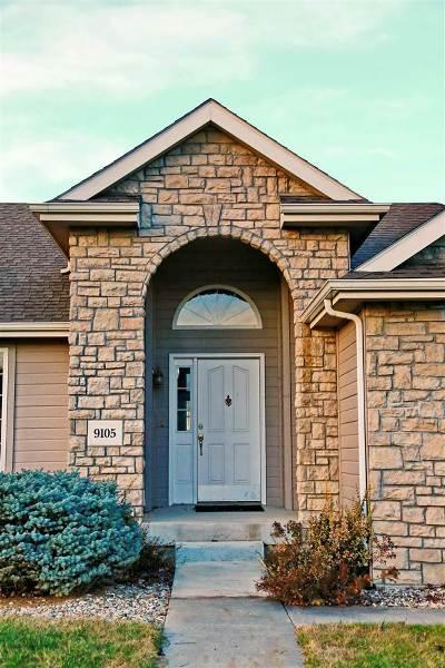 Manhattan Single Family Home For Sale: 9105 Tonya Terrace