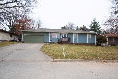 Wamego Single Family Home For Sale: 205 Riverview Drive