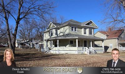Junction City Single Family Home For Sale: 424 S Adams Street