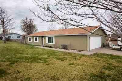 Ogden Single Family Home For Sale: 400 Stallion Street