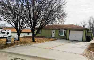 Ogden Single Family Home For Sale: 326 Stallion Circle