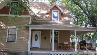 Manhattan Multi Family Home For Sale: 1620/1622 Leavenworth