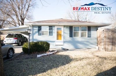 Manhattan KS Single Family Home For Sale: $124,900