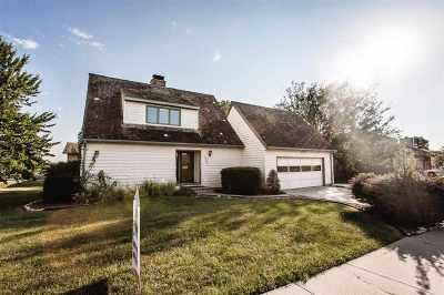 Junction City Single Family Home For Sale: 2001 Sunflower Drive