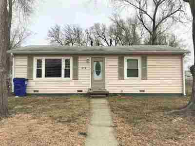 Single Family Home For Sale: 1212 Downtain Street