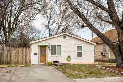 Single Family Home For Sale: 520 W 12th Street