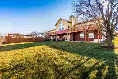 Manhattan Single Family Home For Sale: 9275 Blue River Hills Road
