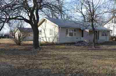 White City Single Family Home For Sale: 417 E Stockholm