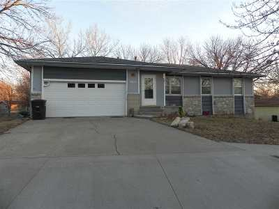Wamego Single Family Home For Sale: 1429 Julie Dr