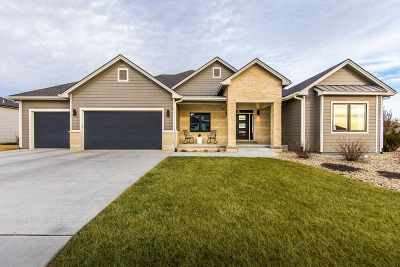 Riley County Single Family Home For Sale: 3421 Vanesta Drive