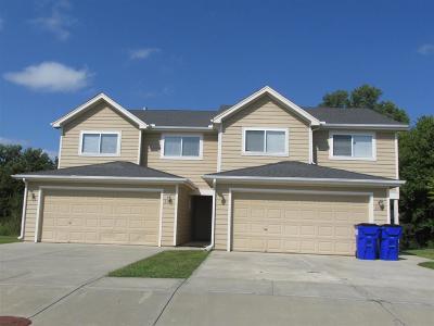 Single Family Home For Sale: 2614-2616 Deerfield Boulevard