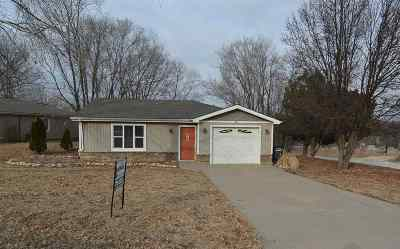 Ogden Single Family Home For Sale: 301 Appaloosa Trail
