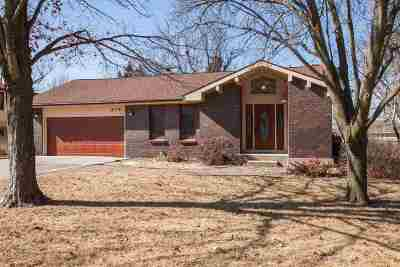 Single Family Home Sold: 815 Dehoff Drive