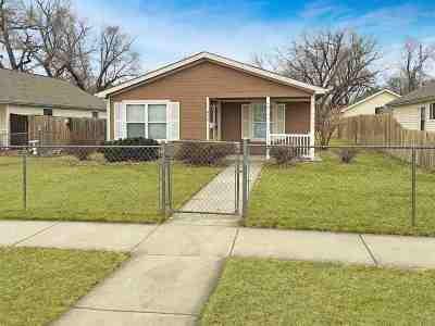 Single Family Home For Sale: 415 W 13th Street