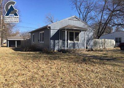 Manhattan Single Family Home For Sale: 2132 Blaker Drive