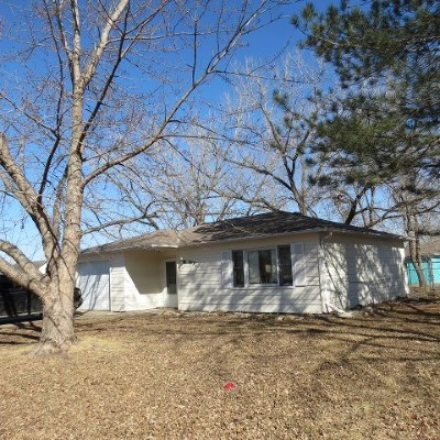 Manhattan Single Family Home For Sale: 2432 Galloway Drive