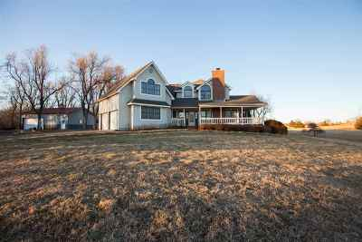 Junction City Single Family Home For Sale: 2824 Liberty Hall