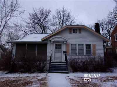 Abilene Single Family Home For Sale: 402 NE 10th Street