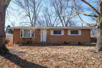 Manhattan Single Family Home For Sale: 116 Dix