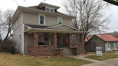 Wamego Single Family Home For Sale: 606 Elm Street