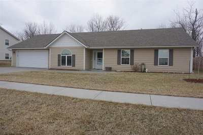 Single Family Home For Sale: 1313 Forest Lane