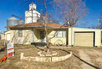 Chapman Single Family Home For Sale: 218 Noble Avenue