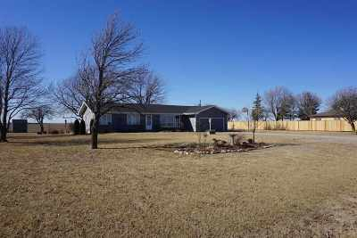 Single Family Home For Sale: 912 N Gfeller Road