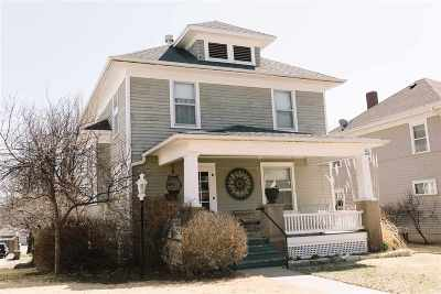 Wamego Single Family Home For Sale: 608 Elm Street