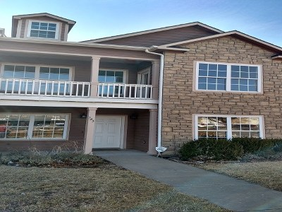 Single Family Home For Sale: 123 E 7th Street