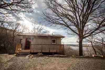 Manhattan Single Family Home For Sale: 4910 Lakeland Road